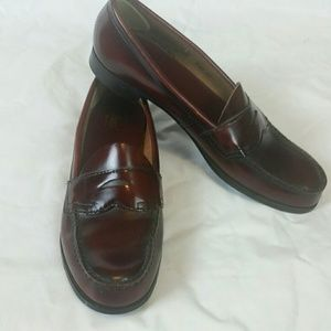 G.H. Bass Burgandy/Red Narrow Penny Loafers 10 AA